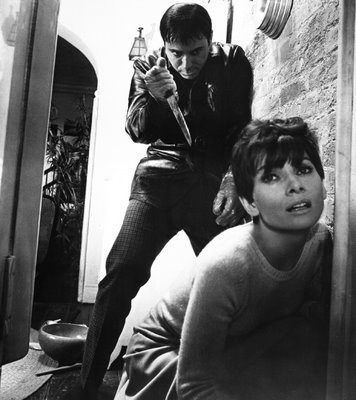 Wait until Dark (1967) Good Suspense Movies Films Thrillers Tense Cinema 356x400 Movie-index.com